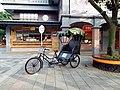 湖口服務區三輪車 Pedicab at Hukou Service Area - panoramio.jpg