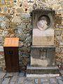 085 Monument a Lluís Desplà, pl. Ajuntament (Alella).jpg