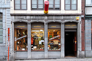 Gunsmith - Gun shop located in the city of Mons, Belgium.