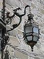 106 Fanal de ferro forjat vora la Casa de las Torres.jpg