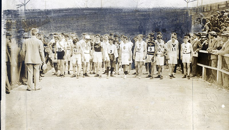 File:1904 Olympics- Runners lined up at start of Marathon Race, receiving instructions immediately prior to start.jpg
