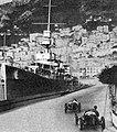 1934-04-02 GP de Monaco, Taruffi passage devant le croiseur HMS Dehli.jpg