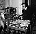 1958 CNRZ standardiste Cliché Jean-Joseph Weber.jpg