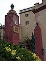 195 Casa Mas (Llorenç del Penedès), entrada al pati i torre.JPG