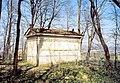 20020329100AR Dresden-Lockwitz Mausoleum von Kap-herr.jpg