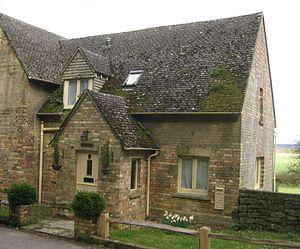 Arne, Dorset - Image: 2010 04 04 Schulhaus in Arne