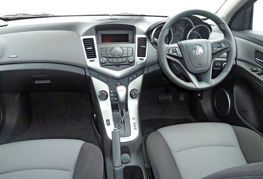 File 2010 2011 Holden Cruze Jg Cd Sedan 2011 03 31 01