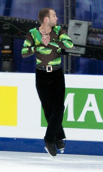 File:2011 Figure Skating WC Kevin van der Perren (3).jpg