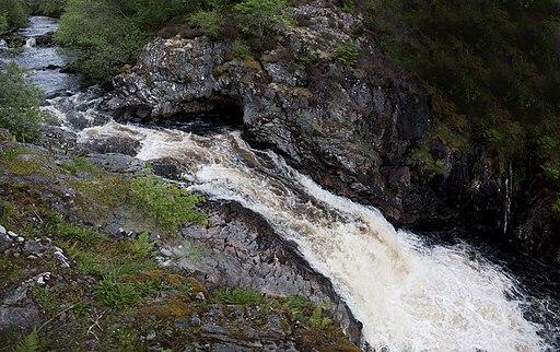 2011 Schotland Falls of Shin pan 1-6-2011 18-05-59