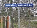 2014-03-22 Dresden Dobritz Leuben Niedersedlitz Gemarkungsgrenze Breitscheidstraße Straße des 17. Juni.jpg