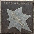 2018-07-18 Sterne der Satire - Walk of Fame des Kabaretts Nr 41 Fritz Grünbaum-1123.jpg