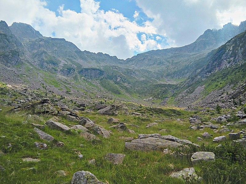 File:23020 Gordona, Province of Sondrio, Italy - panoramio - Simone Manzocchi (1).jpg