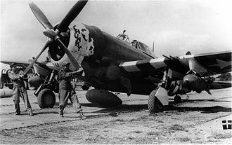 Toul-Croix de Metz Airfield - Image: 358th Fighter Group P 47D Starting