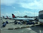 AA America West heritage A319 at CLT (26684160870).jpg