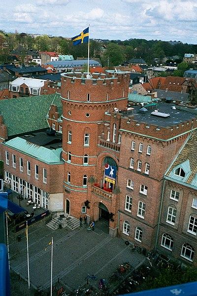ساختمان دانشگاه لوند سوئد یکی از برترین دانشگاه های سوئد