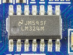 ATI Radeon X1300 256MB - National Semiconductor LM324M-5395.jpg