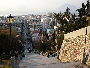 Die Agiou-Nikolaou-Treppe in Patras