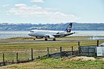 Air New Zealand Airbus A320-232 ZK-OJD NZ 820 SYD-ROT app - land ROT (16465908331).jpg