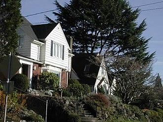 Alameda, Portland, Oregon - Image: Alameda 01