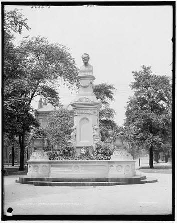 Alexander von Humboldt Statue in Allegheny West Park