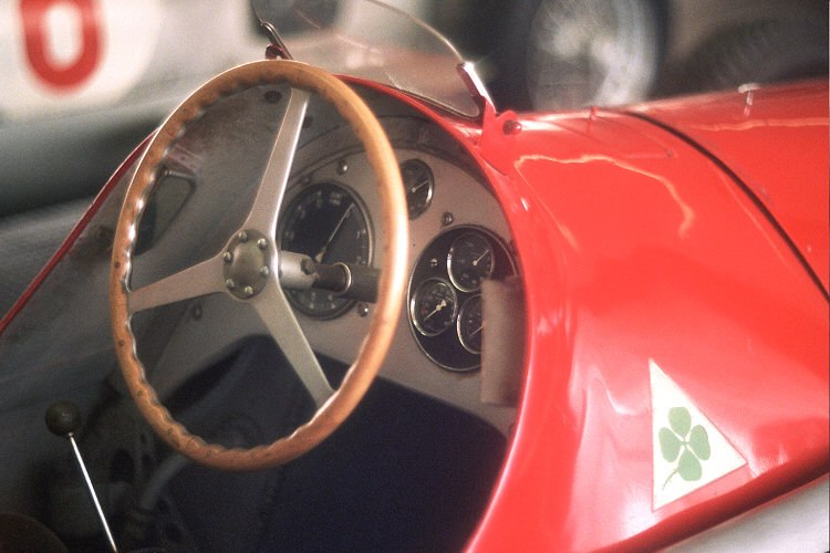 Alfetta 159 steering wheel