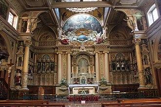 St Charles Borromeo, Hull - Image: Altar and sanctuary of St. Charles Borromeo, Hull