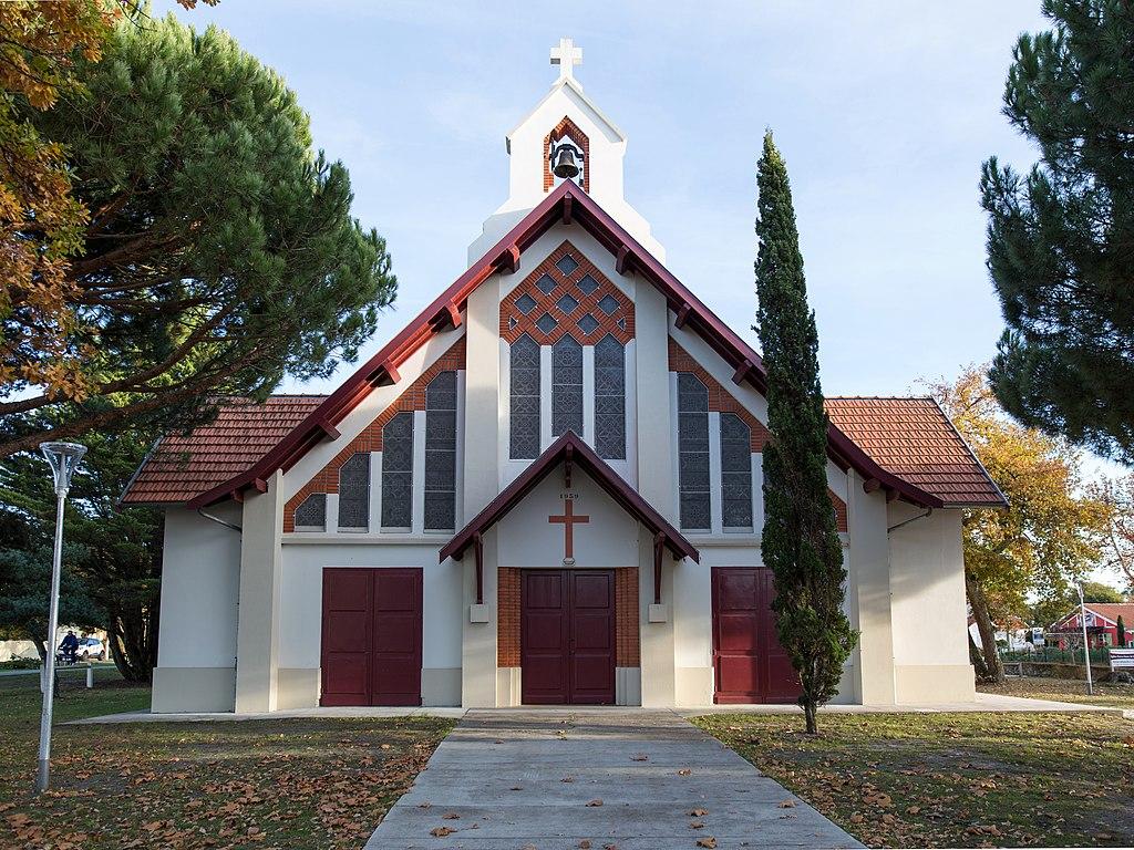 Andernos - Église sud.jpg