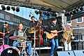 Ansgar Hüttenmüller & Band – Holsten Brauereifest 2015 02.jpg