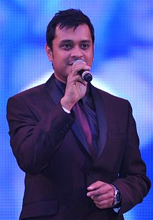 Anuj Gurwara performing for a corporate show.JPG