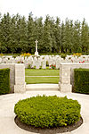 Auchonvillers Military Cemetery 3.JPG