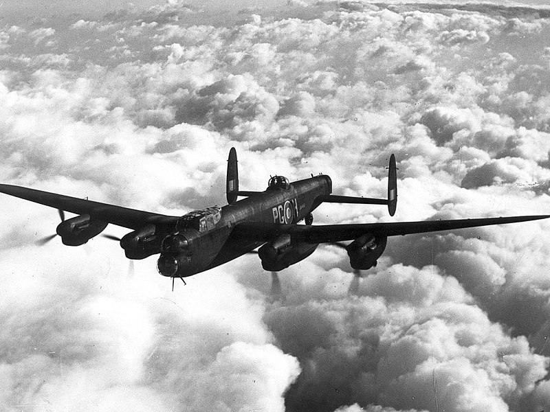 Datei:Avro Lancaster Mk 1 ExCC.jpg