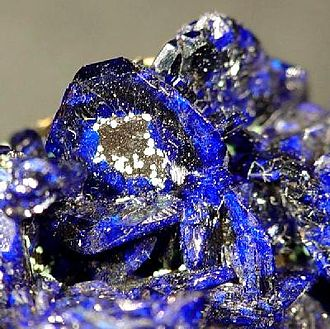 Chessy, Rhône - Azurite from Chessy. Specimen from first half of 19th century.