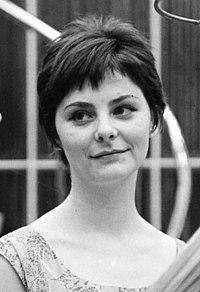 Béres Ilona 1963-ban (Fortepan, 146877).jpg