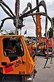 Bürkliplatz - Demontage 'Maman' 2011-07-28 20-11-56.jpg