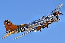 B17 Flying Fortress - Chino Airshow 2014 (14112841238).jpg