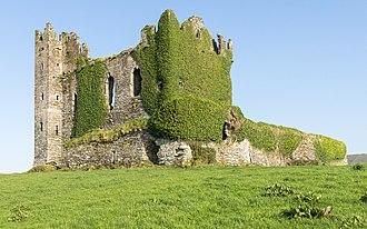 Ballycarbery Castle - Ballycarbery Castle