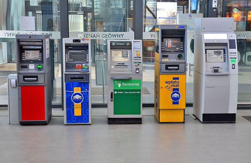 El cajero automático nos ha cambiado la vida a todos sin excepción...