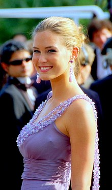 Bar Refaeli Cannes 2008.jpg