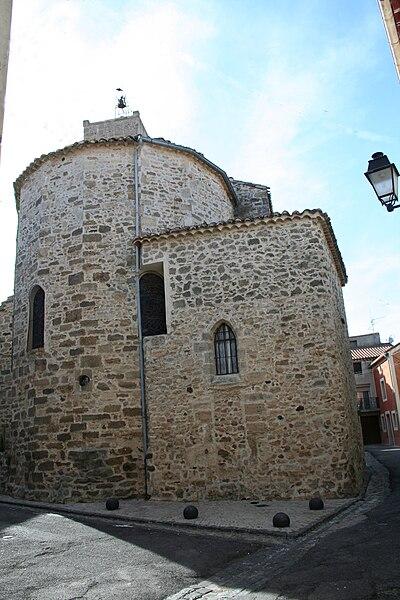 Bassan (Hérault) - chevet de l'église Saint-Pierre aux Liens.