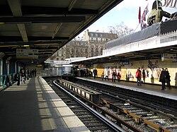 Bastille line1 Métro Station 01.jpg
