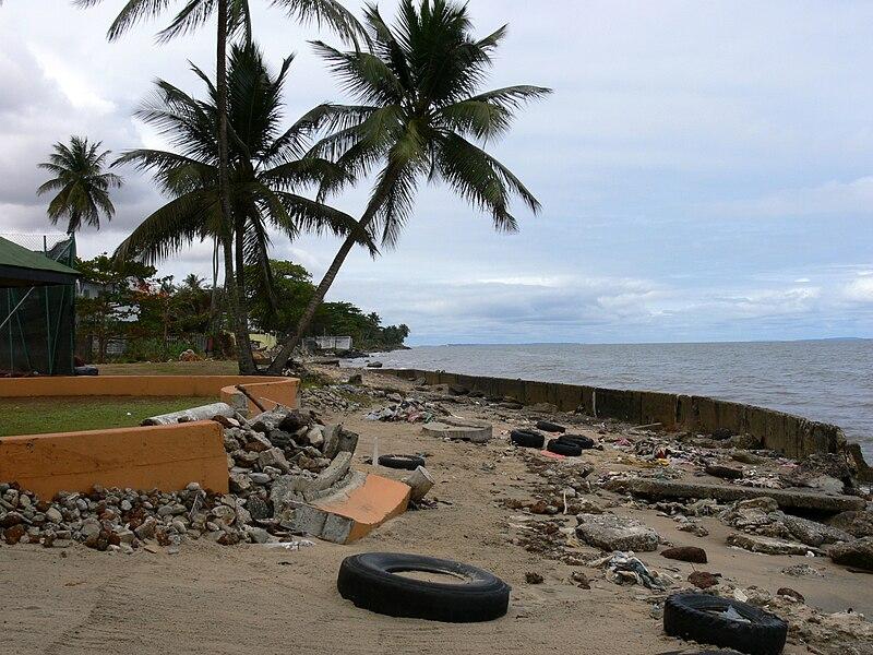 Beach scene Libreville 1.JPG