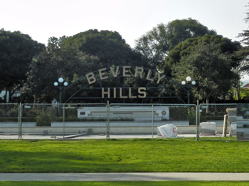 Beverly Hills Sign P4060227