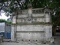 Blois - fontaine Louis XII (01).jpg