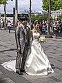 Boda en Champs Elysées, París 2013.jpg