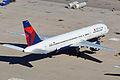 Boeing 757-232 'N646DL' (13630024684).jpg