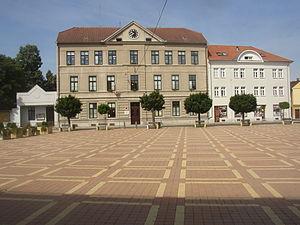 Bohušovice nad Ohří - Elementary school in western side of Hus Square