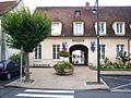 Bonny-sur-Loire-FR-45-mairie-03.jpg