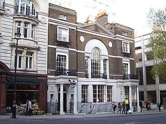 Moonraker (novel) - Boodle's, a gentlemen's club in London, was the model for Blades; Fleming was a member of three clubs, including Boodle's.