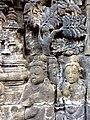 Borobudur - Divyavadana - 075 W, Candrapabha returns from Heaven to advise the King (detail 3) (11706146035).jpg