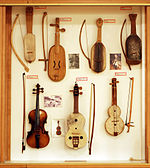 Bowed string instruments (1) Arrabita, Rabels, Violin - Soinuenea.jpg